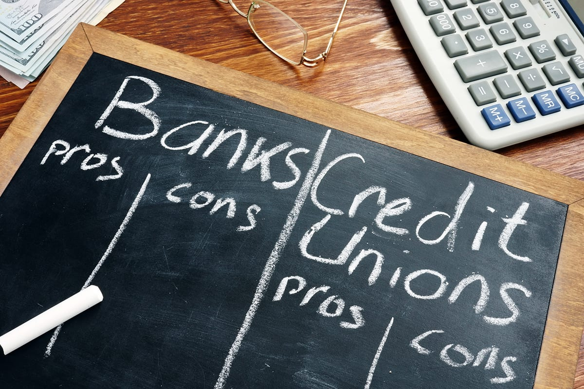 Pros and Cons of Banks vs Credit Unions