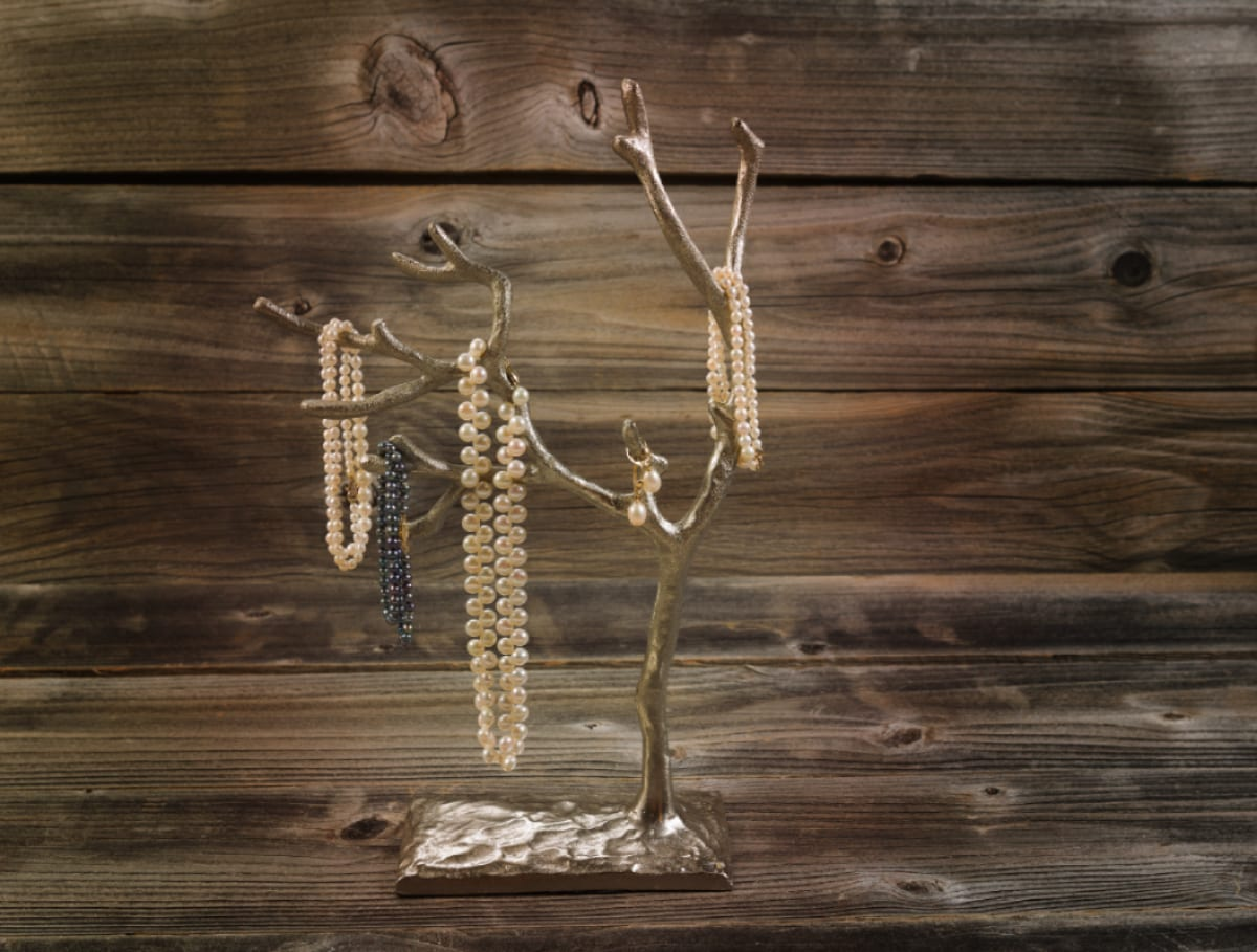 How To Create A Beautiful Diy Tree Branch Jewelry Holder